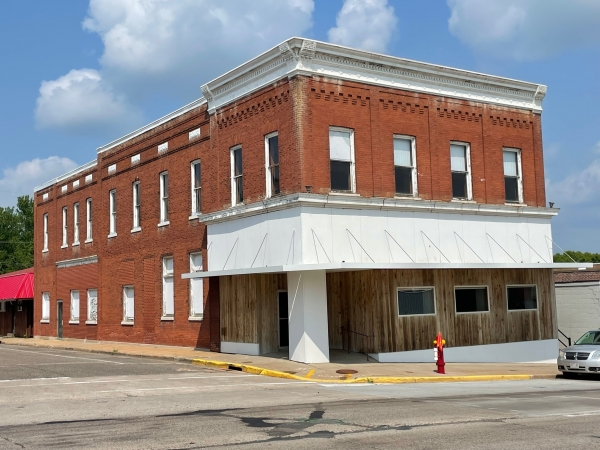 Office for Lease - 338 West Main, Ellsworth, WI (cimls.com)