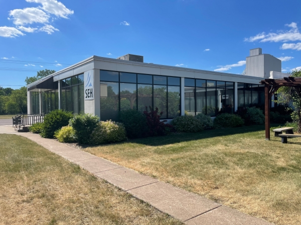 Office for Lease - 156 High Street, New Richmond, WI (cimls.com)